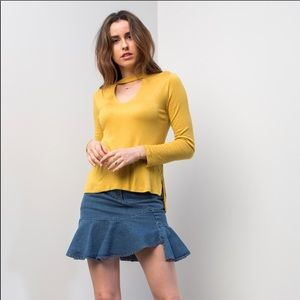 Yellow top with Keyhole cut out